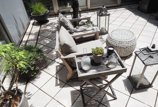 自宅のテラスも観葉植物があるおかげで快適な環境に