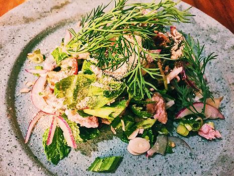 ベトナム料理はなんといっても野菜を大量に摂れる。
