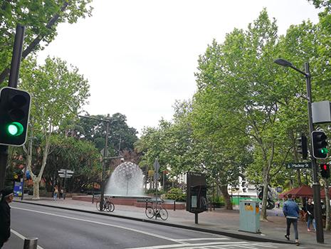 この地域は人気のカフェ、レストランが集中する場所として有名です。