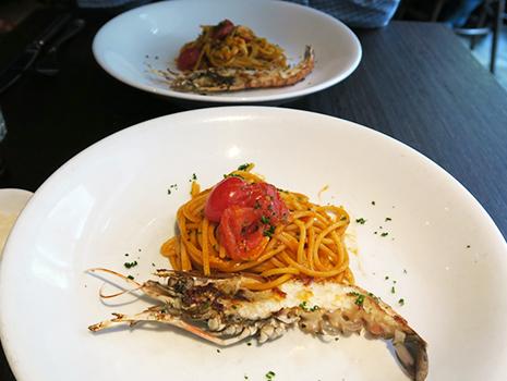 フラテリ パラディソの看板メニュー「手長エビのスパゲッティ」