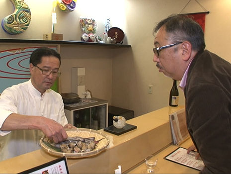富山に行けば同様の品を金沢より安価で気軽に食べられることに、食通は気づいたのである。