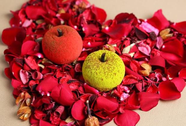まるで本物のフルーツのようなスイーツを再現した「原宿りんご」