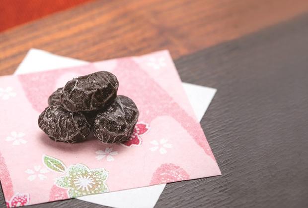 上品な甘さとソフトな食感が楽しめる「黒豆しぼり」