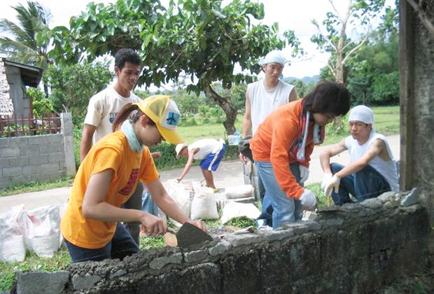 フィリピンに溶け込めて、ものづくりができる仕事をしたいと思っていて、青年海外協力隊に参加