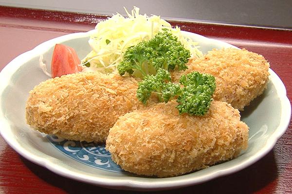 東京都新橋「末げん」たつた揚げ定食