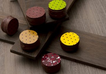 ホワイトデー限定! チョコとマカロンのいいとこどり。 世界的ショコラティエであるサダハル・アオキ氏が贈る『ショコロン』