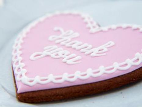 オンラインショップでは、新商品のアイシングクッキーなども登場。