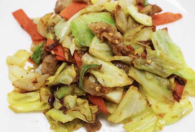 味噌1:1で混ぜて野菜炒めも作ってみました!