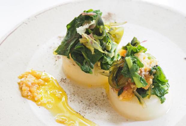「糀」を活用したレシピ『菜の花と大根の美肌ステーキ』