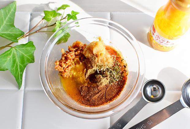 ボウルにAと②の煮汁大さじ3を入れよく混ぜ合わせ、②に加える。