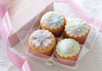 ホワイトデーのお返しで、女性の心をわしづかみ。インスタ映え間違い無し、プティビズ芦屋のカップケーキ&クッキーセット