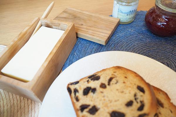 長く愛用できる材質とシンプルなデザインが魅力『中川政七商店の山桜のバターケース』