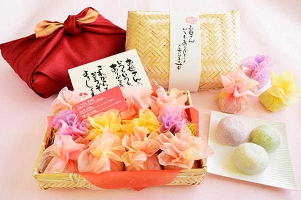 母の日に、和菓子の花籠をプレゼント!お母さんも喜ぶ花束のクリーム大福
