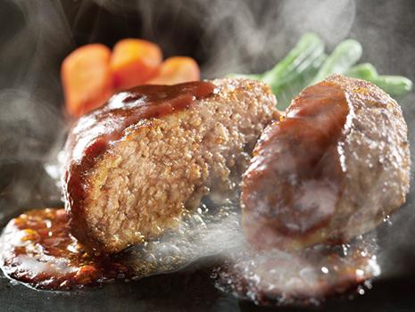 やわらかな肉の食感と、黒豚の上質な旨味、玉ねぎの甘さがたまりません!