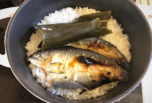 アレンジレシピ【あゆの炊き込みごはん】