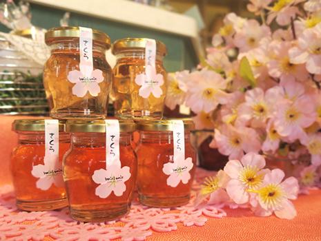 開花時期が短い桜は、蜂蜜の生産量が限られます