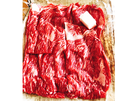 「わくわく定期便」は月に1度、指定した日に宝のような数種類の肉が届く