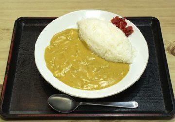 北海道厚沢部町「前井食堂」のカレー