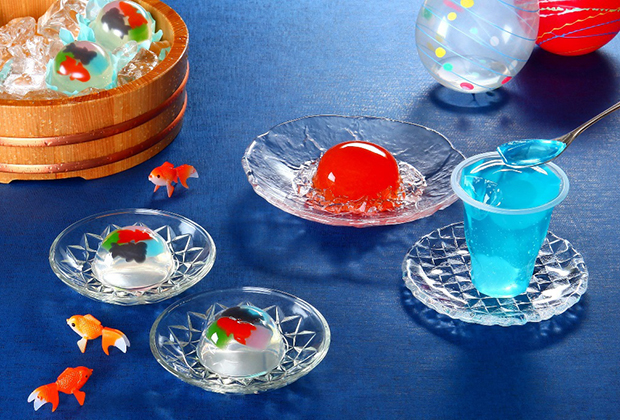 目にも涼やかに、「夏祭り」を表現した3種類のゼリーの詰め合わせ