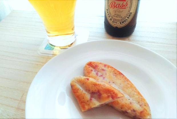 大人の味わいの『ささタン』に合わせるのは、今の季節ならぜひビールを
