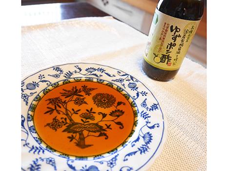 様々な発行調味料を作っている足立醸造の「ゆずポン酢」