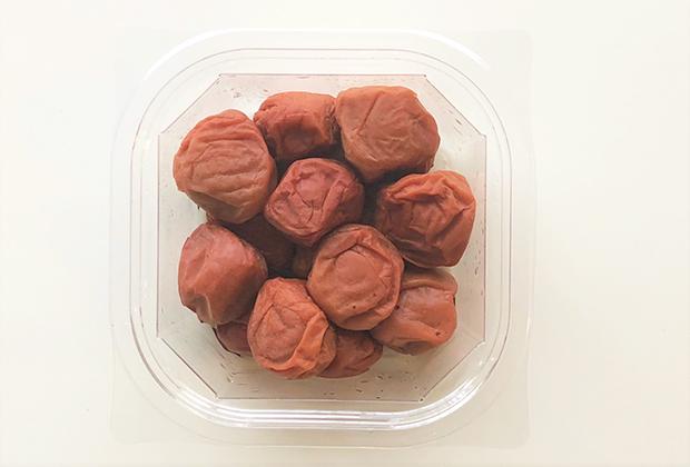 果肉が多めで中は柔らかい梅です。さすが紀州南高梅!