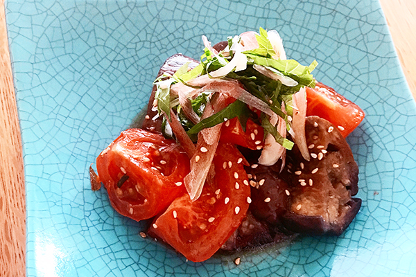 発酵食品 三重県 角屋醤油の「伊勢むらさき杉樽熟成」