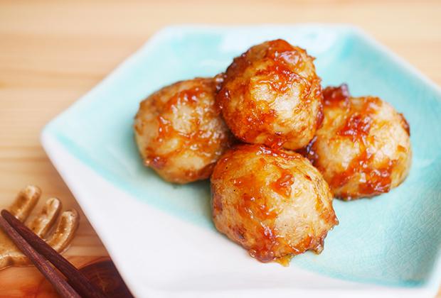 「醐山黒酢」を活用したレシピ『ホクホク!焼き揚げ里芋の黒酢あん』