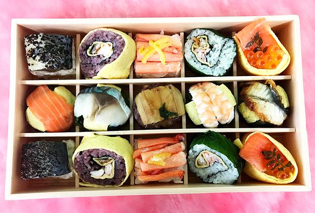 入っているのは、全部で10種類のお寿司。全部おいしそうなので、何から食べるか迷ってしまいます