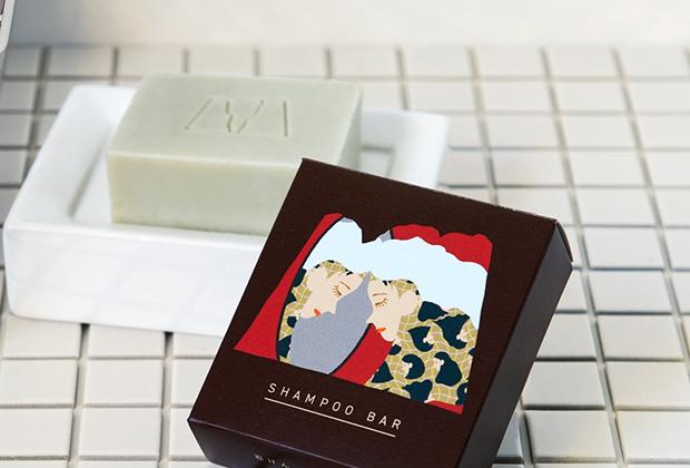LA LA HONEYのコールドプロセス石鹸は、その作り方だけではなく、薮内さんが生まれ育った富山の自然をふんだんに使っていることも大きな特徴です