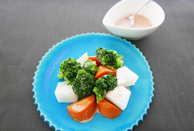 紅濱の「唐芙蓉」(登録商標)を活用したレシピ『豆腐よう風味の発酵ドレッシング』