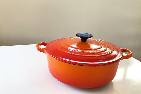 毎日のお料理に大活躍してくれる鋳物ホーロー鍋『Le Creuset(ル・クルーゼ)のココット・ロンド』