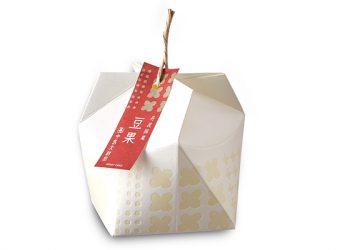 年間1万個売れる! 「丹波黒」を使用した和風キャラメル菓子『豆果(まめか)』。 今年の販売がスタート!