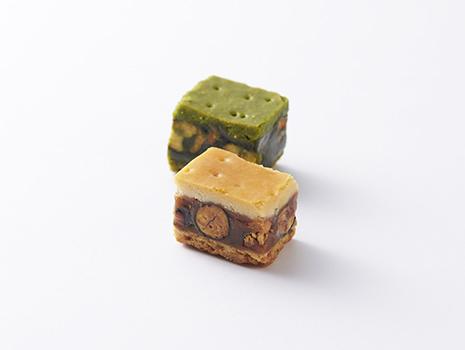 この豆果はキャラメルが溶けやすく、品質保持が難しいため、夏は販売を休止する秋冬限定販売のお菓子なのです