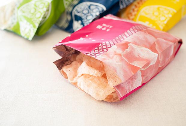 米どころ新潟のなかでも水とお米がおいしい長岡市の米菓会社、瑞花さんの『うす揚』です
