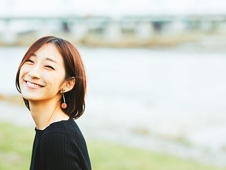 夏生 さえり氏 山口県生まれ。フリーライター