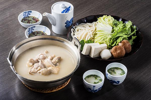 有名老舗・新三浦の味を自宅で本格堪能できる「博多名物 鶏の水だき」が誕生!