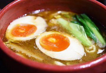 具材も食べ応えあり! 新宿の穴場、和風だし香る絶品つけ麺屋