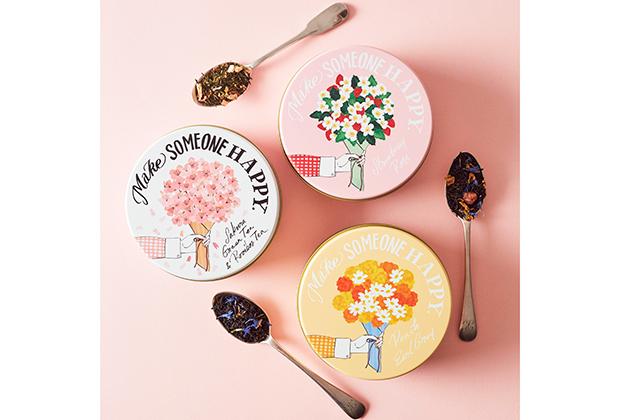 「ストロベリーローズ」「ピーチアールグレイ」「桜グリーン&ルイボスティー」の3種類が期間限定のお茶として登場