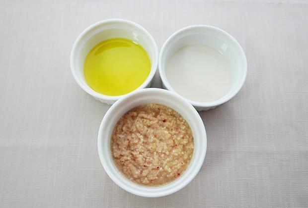 美肌効果やダイエット効果も期待できるオメガ3脂肪酸を含む亜麻仁油を足せば、さらに健康的なドレッシングのできあがりです