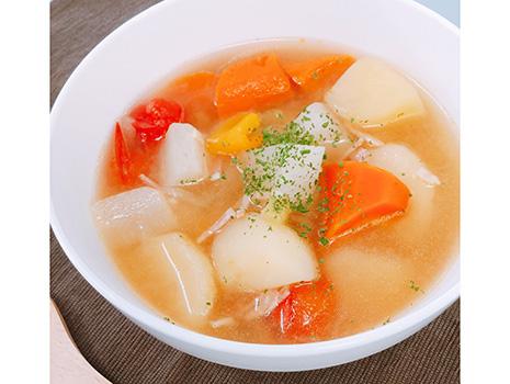 お湯に味噌を溶いて飲んでみたところ、香りもこくもしっかりと感じられ、それだけでおいしいミソスープに