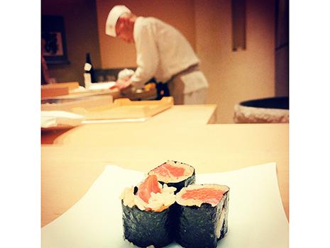 一品一品とワイン、日本酒のマリアージュはさらに深化し、凄みを増している。