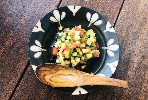 「木樽天然仕込醤油」を活用したレシピ『やさいの熟成醤油漬け』