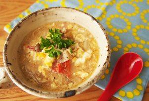 飯尾醸造の「純米富士酢」を活用したレシピ『酸辣湯風さっぱりスープ』