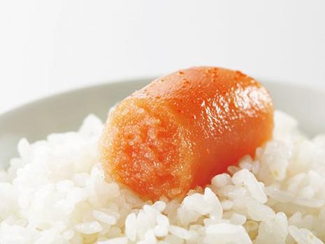 辛子明太子だけで、熱々のごはんにのせて。直球の食べ方で楽しむのがおすすめです。