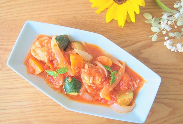 とりゐ味噌の「甘酒」を活用したレシピ『鶏肉のトマト甘酒煮』