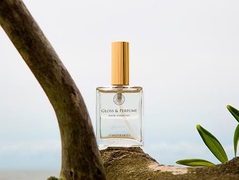 アロマともまた違うナチュラルな香り。使用しているもののすべてが天然由来の植物成分なので、分かりやすいケミカルな香りではなく、自然な香りをまとえます。
