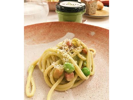 白金台の「センソ」で、ミツカンさんの新規事業「ZENB」から生まれたペーストを使った料理を。