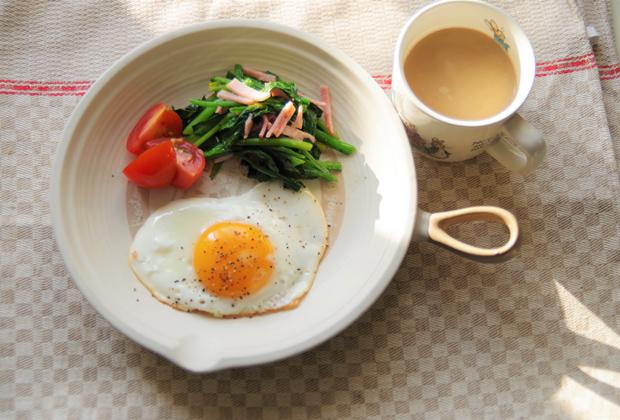 炒め物にもおすすめなので、朝食にココナッツオイルを使って健康習慣にしてみては?
